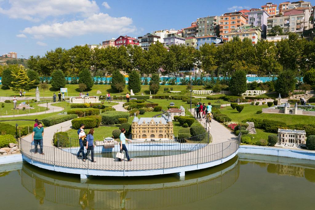حديقة ميناتورك في إسطنبول